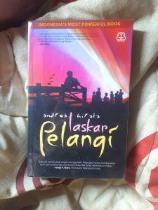 Review Buku Laskar Pelangi